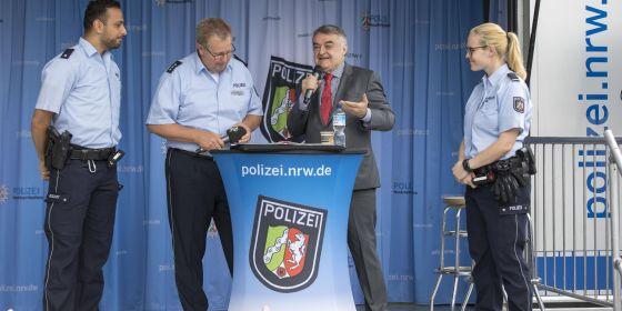 auftaktveranstaltung zur bewerberkampagne 2018 - Polizei Nrw Bewerbung